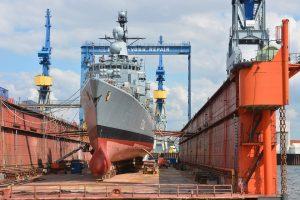 Chantier naval bateaux port